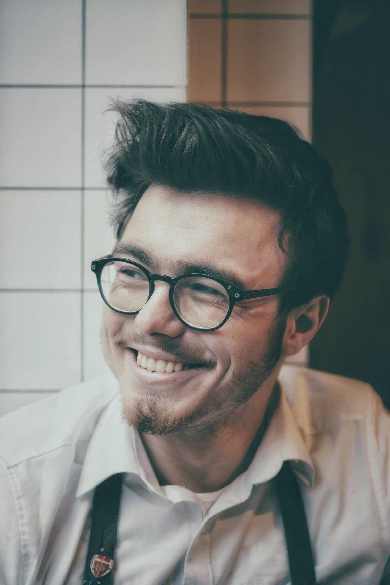 5901a7d2c020ad Welke bril past bij mijn gezicht  - Trendheads - have a great ...